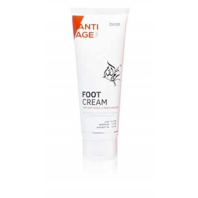 Antibacterial foot cream with 15% urea and active collagen